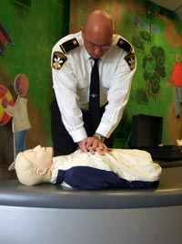 Chest Compressions Key to Survival